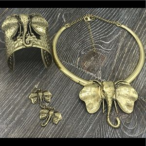 Elephant necklace and earrings set